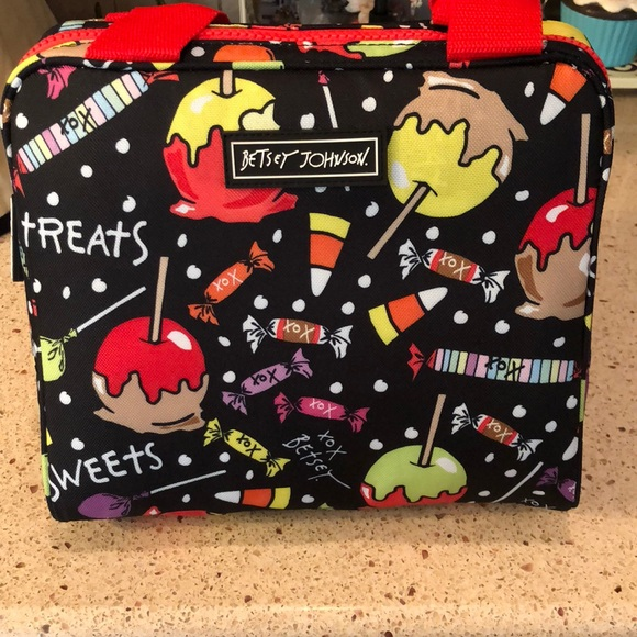 84678fea40ed Betsey Johnson Insulated Halloween Lunch Tote NWT